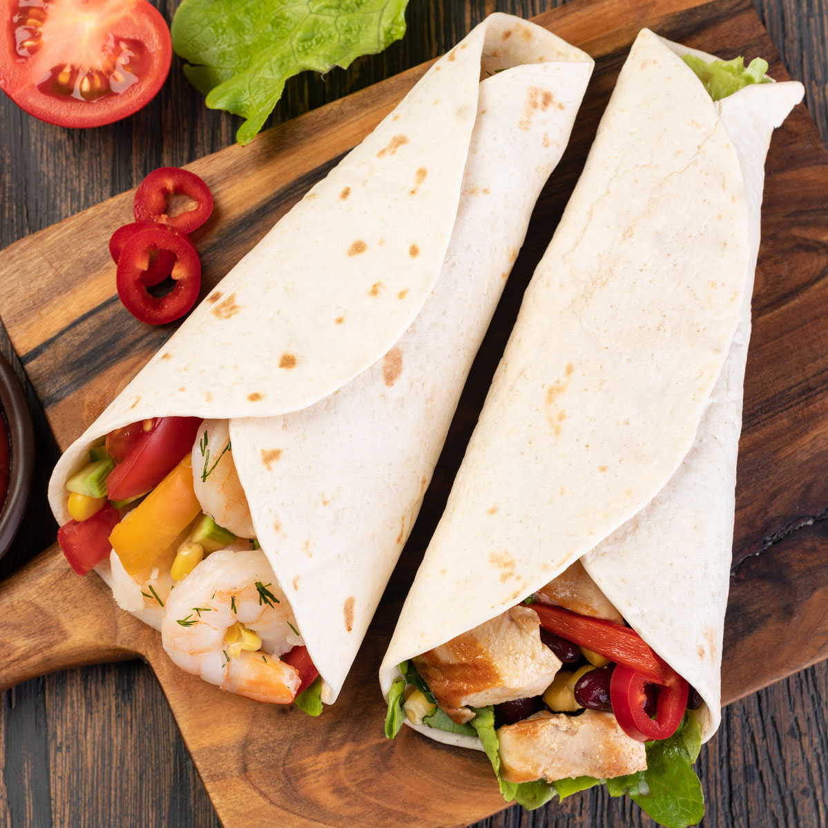 burrito-with-vegetables-and-tortilla-49M2SZ6